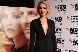 """Jennifer Lawrence, envoûtante pour """"Serena"""""""