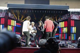 Les One Direction mettent l'ambiance au Stade de France