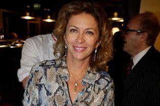 Corinne Touzet joue les reptiles à la table de L'Alsace