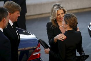 Tristes retrouvailles pour Letizia et Maxima