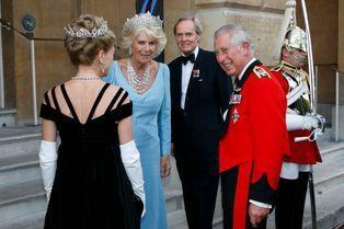 Camilla dégaine son diadème pour fêter Waterloo
