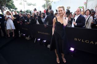 Naomi Watts illumine la nouvelle boutique Bulgari