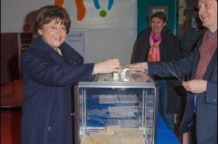 Martine Aubry a voté à Lille pour le premier tour des élections départementales