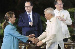 Ségolène Royal et Alberto del Rosario, ministre des Affaires étrangères des Philippines