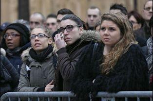 La cérémonie à la préfecture de police de Paris, où le président de la République a rendu hommage aux policiers tués par les terroristes la...