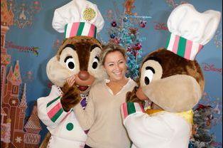 Anne-Sophie Lapix au lancement des festivités de Noël à Disneyland Paris, le 16 novembre 2014
