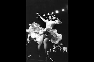 Mireille Mathieu à Kiel en Allemagne, en octobre 1986
