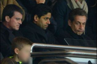 Manuel Valls, Nasser al-Khelaifi et Nicolas Sarkozy au Parc des Princes à Paris, le 20 décembre 2014