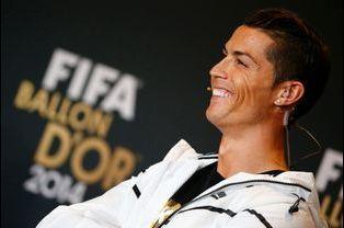 10 - Cristiano Ronaldo est suivi par plus de 34 millions de followers