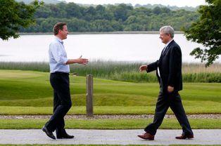 Cameron et le Premier ministre canadien Stephen Harper