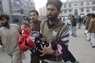 130 morts dans une attaque des taliban