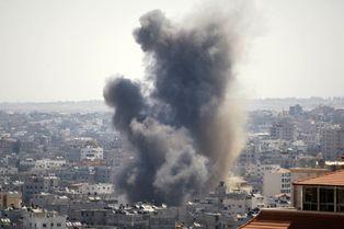 A Gaza, les frappes se poursuivent