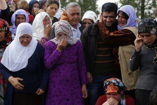 Les Kurdes rendent hommage à leurs combattantes de Kobané