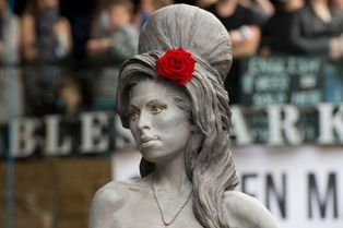 Amy Winehouse: une statue-mémorial à Londres