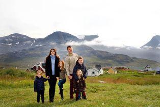 Mary, Frederik et leurs enfants visitent le Groenland