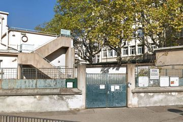 Une maternelle dégradée après un incendie probablement volontaire à Lyon