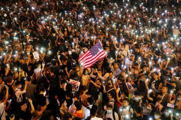 A Hong Kong, des dizaines de milliers de manifestants en appellent aux Etats-Unis