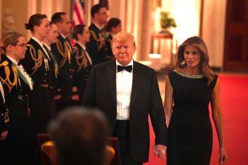 Après l'acquittement, Donald et Melania Trump reçoivent le bal des gouverneurs