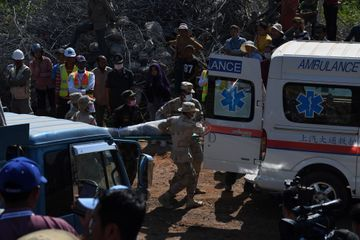 Au moins 36 morts dans l'effondrement d'un hôtel en construction au Cambodge