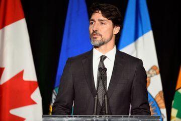 """Crash en Iran: """"Justice sera faite"""", promet Trudeau aux familles des victimes"""