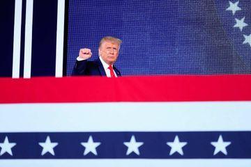 Donald Trump défend le drapeau confédéré interdit par la Nascar