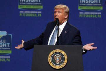 Donald Trump parle du mur au Colorado... qui ne touche pas le Mexique