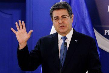 Le président du Honduras, positif au Covid-19, a été hospitalisé