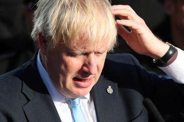 """Les Lords bloquent un """"no deal"""" pour le Brexit, nouveau revers pour Johnson"""