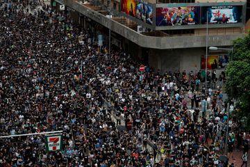 Malgré les avertissements chinois, les contestataires de nouveau dans la rue à Hong Kong