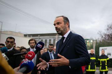 Incendie de l'usine Lubrizol : Edouard Philippe tente de dissiper les inquiétudes à Rouen