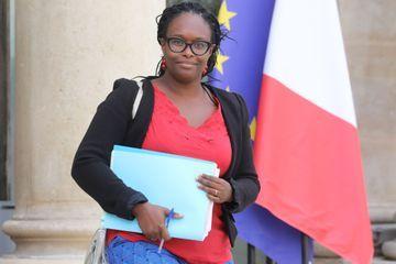 """Lubrizol : Sibeth Ndiaye évoque """"un peu plus d'une centaine"""" de passages aux urgences"""