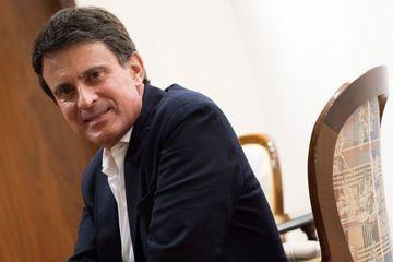 """Manuel Valls dit vouloir être """"utile"""" à Emmanuel Macron"""