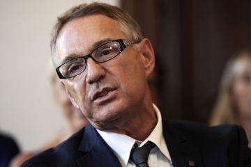 """Montpellier : une permanence parlementaire LREM dégradée par des """"gilets jaunes"""""""