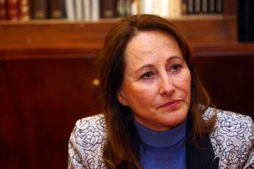 Mutation de professeurs pédophiles en Outre-mer : Ségolène Royal explique son propos