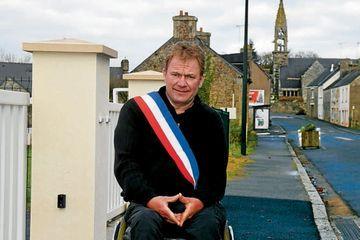 Yann Jondot, maire en fauteuil roulant