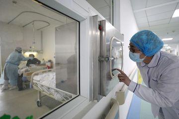Coronavirus : le bilan dépasse les 1 500 morts en Chine, 1er cas en Afrique