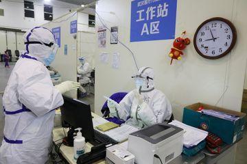 """Coronavirus : le bilan monte à près de 1 770 morts en Chine, évolution """"impossible à prévoir"""""""