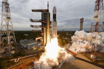 Le vaisseau spatial Chandrayaan-2 se place en orbite autour de la Lune