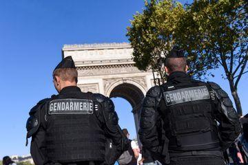 """Acte 45 des """"gilets jaunes"""" : déjà 39 interpellations à Paris"""
