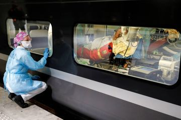 Coronavirus : 36 patients franciliens évacués en TGV vers la Bretagne
