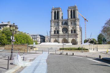 """Notre-Dame de Paris : un """"temps de méditation"""" pour le vendredi saint"""