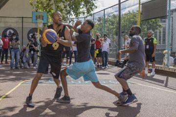 Basket : des amateurs ont pu affronter Tony Parker ballon en main