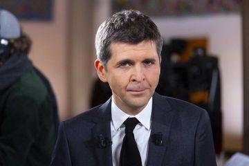 """Thomas Sotto dénonce """"lâcheté"""" de ceux qui demandent aux soignants de déménager"""