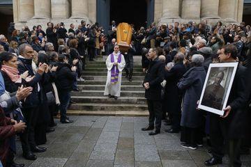 """L'émotion du casting de """"Profilage"""" aux obsèques de Jean-Michel Martial"""