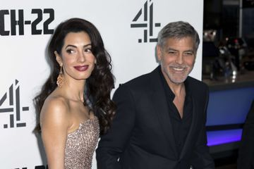 Coronavirus : Amal et George Clooney donnent 1 million de dollars