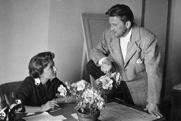Dans les archives de Match - Anne et Kirk Douglas, leur rencontre devant un photographe de Match