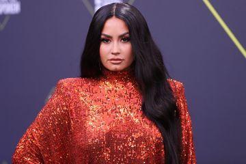 """Pour Demi Lovato, les """"gender reveal parties"""" sont transphobes"""