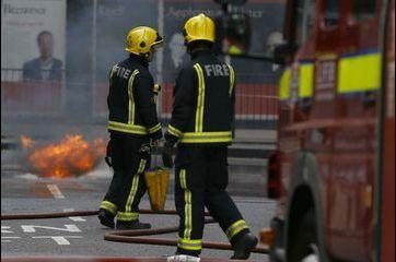 Impressionnant incendie en plein cœur de Londres