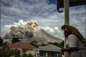 La vie devant le Mont Sinabung