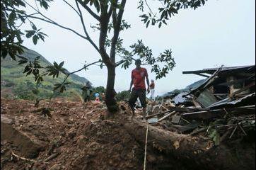 Tragique glissement de terrain au Sri Lanka